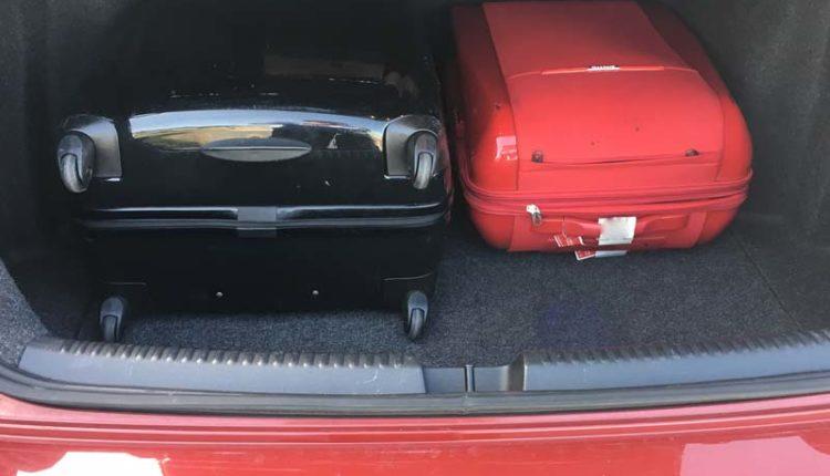 トランクのスーツケース