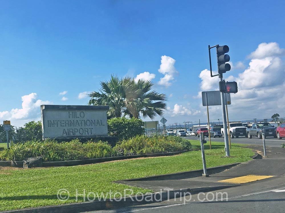 ヒロ空港のサイン
