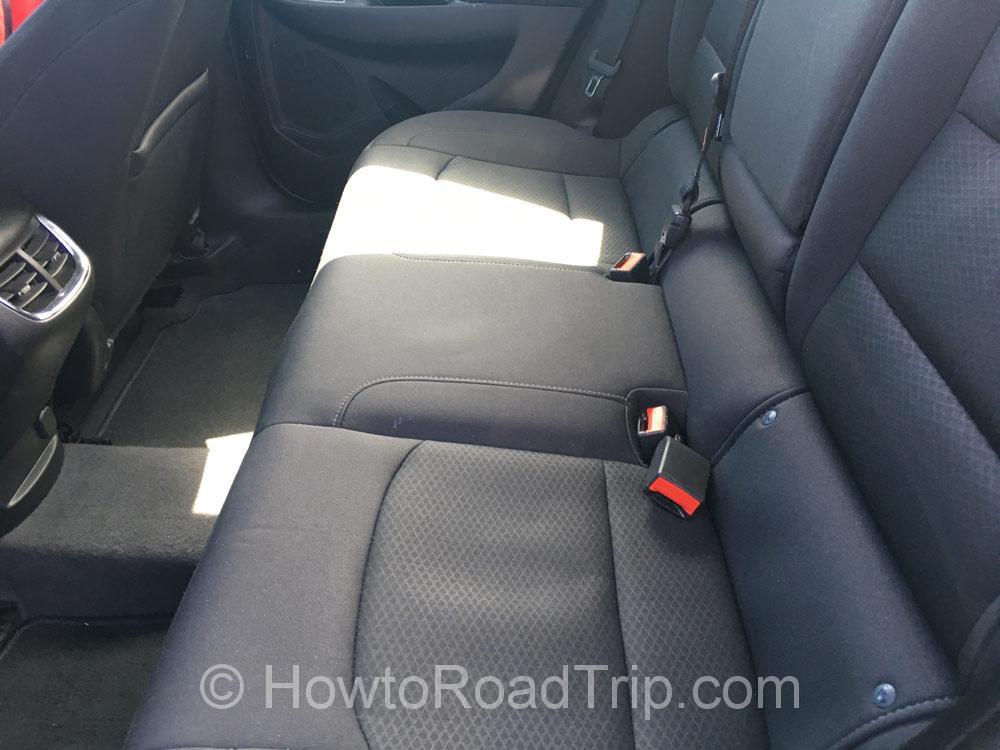 フルサイズ・後部座席