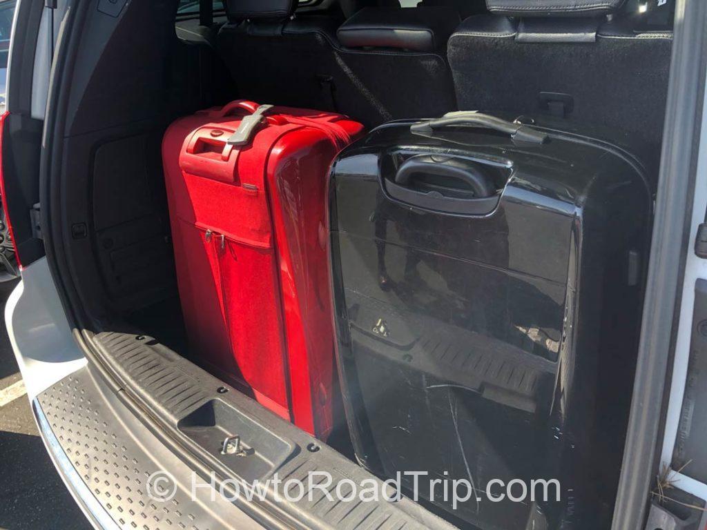 スーツケース2つ