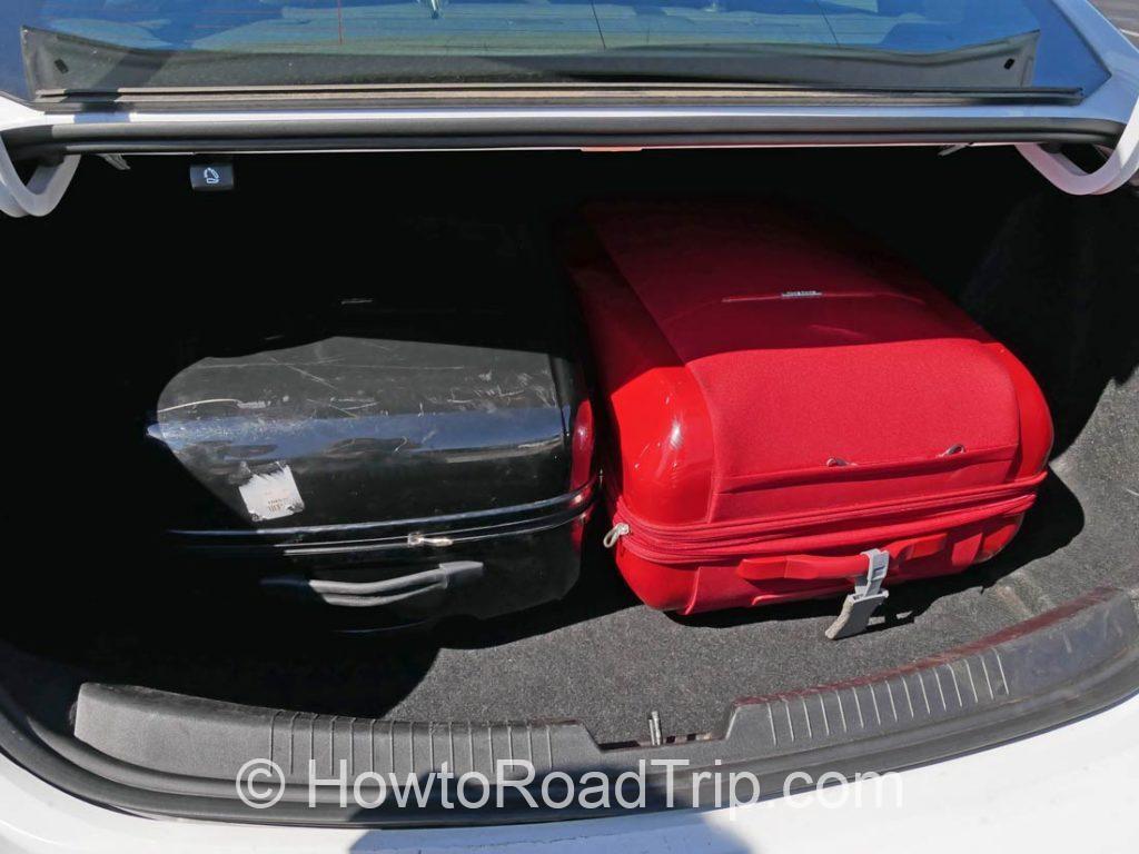 スーツケース2つin malibu